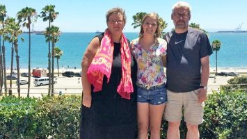 En dansk besøgsfamilie besøger tidligere studerende i USA